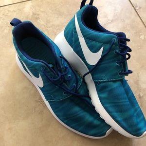 Nike Roshe - NWOB